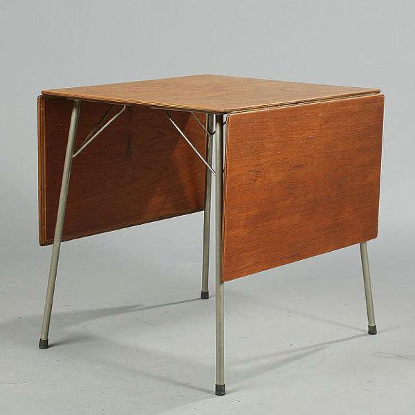 Arne-Jacobsen-butterfly table-02.jpg