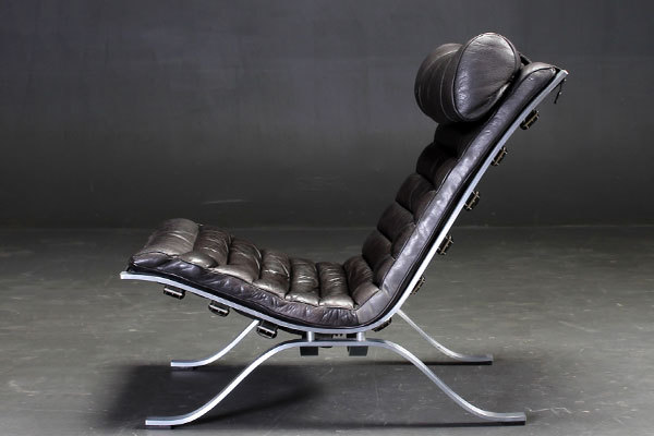 Arne-Norell--Lounge-chair-&-Ottoman-02.jpg