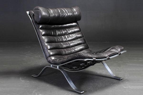 Arne-Norell--Lounge-chair-&-Ottoman-03.jpg