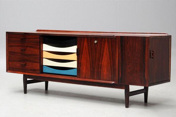 Arne-Vodder-system-desk-rosewood-02.jpg