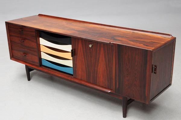 Arne-Vodder-system-desk-rosewood-04.jpg