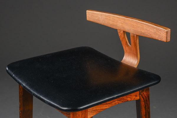Erik-Buck-Bar-stool-03.jpg