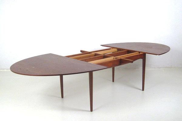 Finn-Juhl--Judus-Dining-table-03.jpg