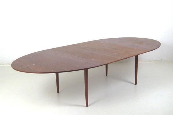 Finn-Juhl--Judus-Dining-table-04.jpg