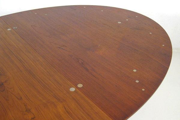 Finn-Juhl--Judus-Dining-table-05.jpg