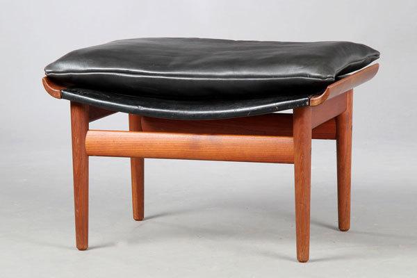 Finn-Juhl-Buwana-chair-05.jpg