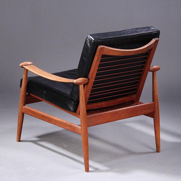 Finn-Juhl-Spade-chair-FD133-03.jpg