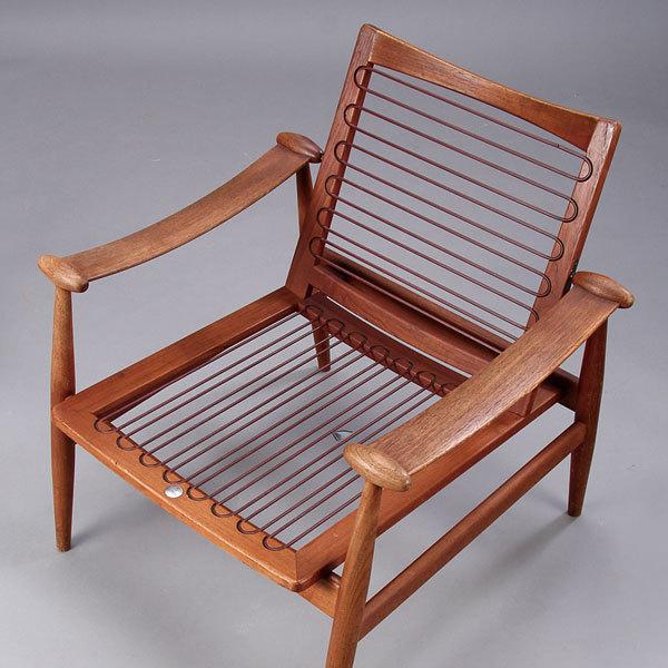 Finn-Juhl-Spade-chair-FD133-05.jpg