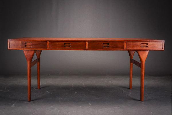 Nanna-Ditzel-Desk-Teak-02.jpg