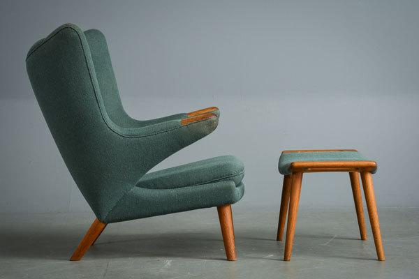 Wegner-Bear-chair-and-Ottoman-02.jpg