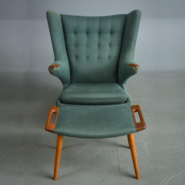 Wegner-Bear-chair-and-Ottoman-03.jpg