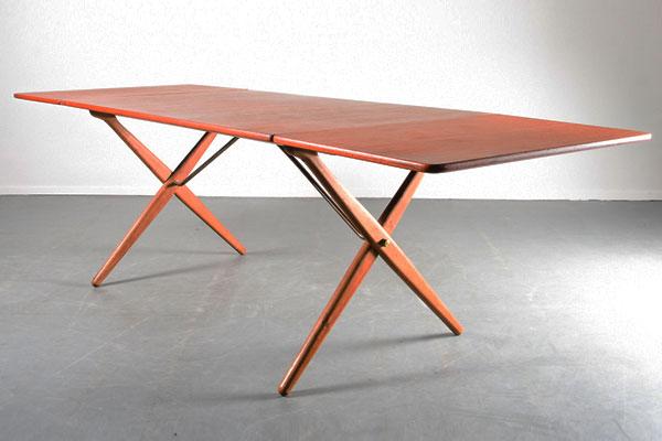 Wegner-Dining-table-AT-314-03.jpg