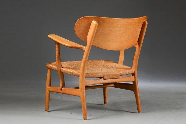 Wegner-Easy-chair-CH22-03.jpg
