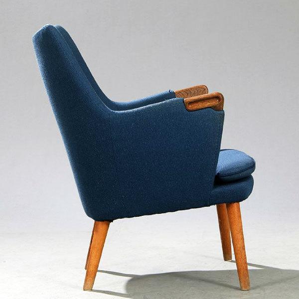 Wegner-Mini-bear-chair-AP20-Oak-02.jpg
