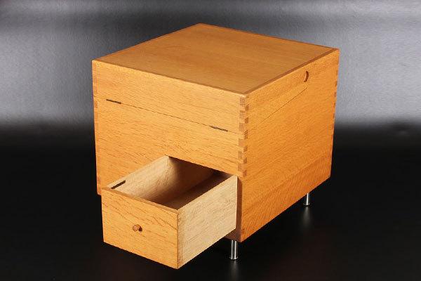 Wegner-bar-cabinet-AT-34-Oak-04.jpg