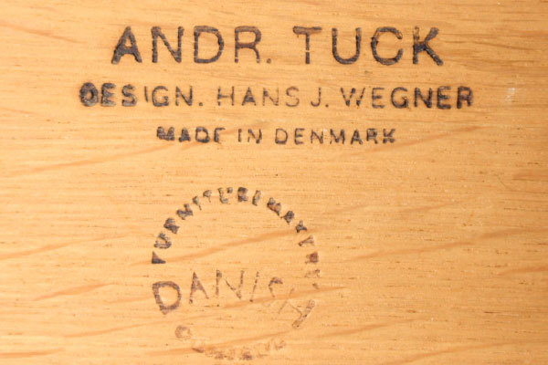 Wegner-bar-cabinet-AT-34-Oak-06.jpg