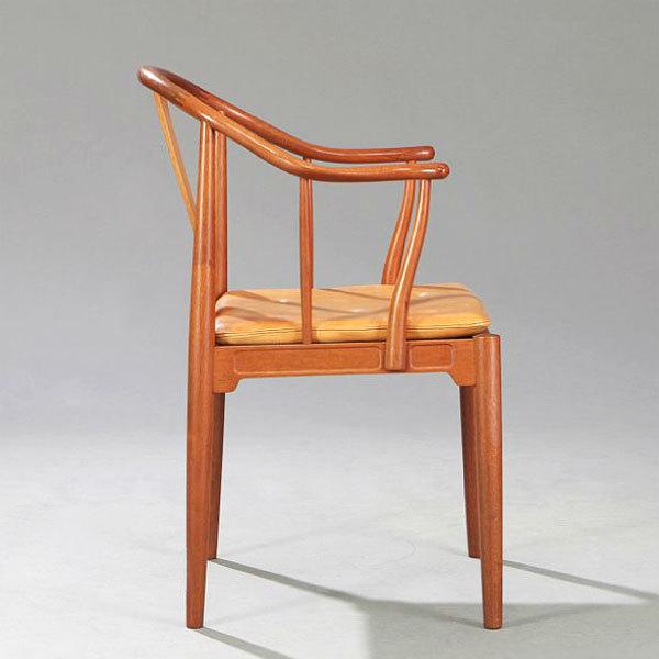 Wgner-China-chair-Mahogany-02.jpg