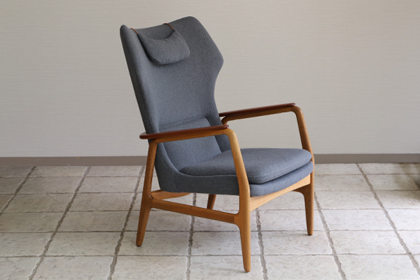 Aksel Bender Madsen  Highback easy chair  Bovenkamp (1).jpg