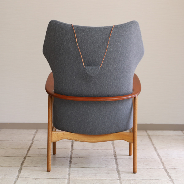 Aksel Bender Madsen  Highback easy chair  Bovenkamp (4).jpg
