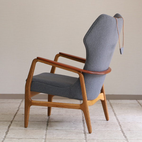 Aksel Bender Madsen  Highback easy chair  Bovenkamp (6).jpg