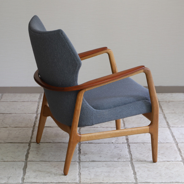 Aksel Bender Madsen easy chair  Bovenkamp (10).jpg