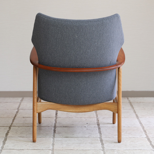 Aksel Bender Madsen easy chair  Bovenkamp (12).jpg