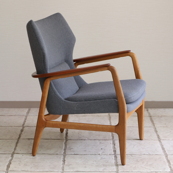 Aksel Bender Madsen easy chair  Bovenkamp (14).jpg