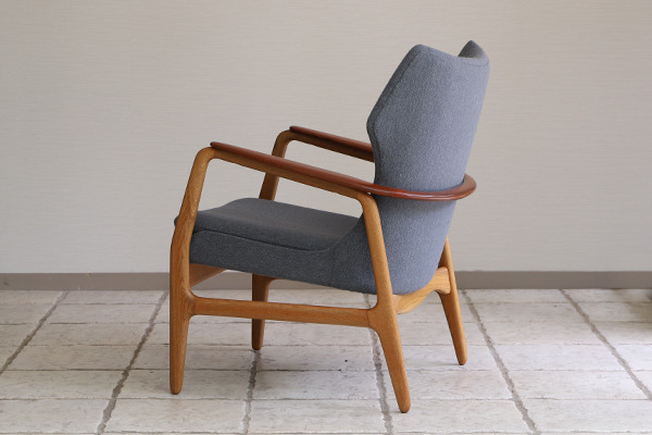 Aksel Bender Madsen easy chair  Bovenkamp (6).jpg