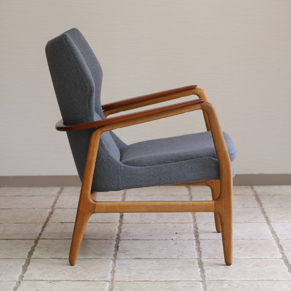 Aksel Bender Madsen easy chair  Bovenkamp (9).jpg