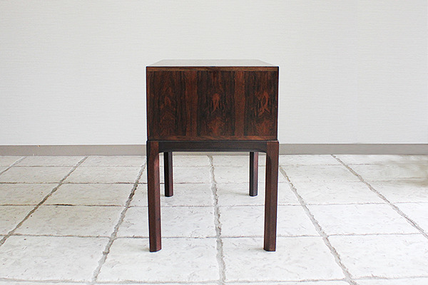 Aksel Kjaersgaard  Small Chest  Rosewood (7).jpg