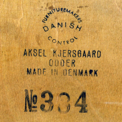 Aksel Kjaersgaard  Small Chest  Teak (1).jpg