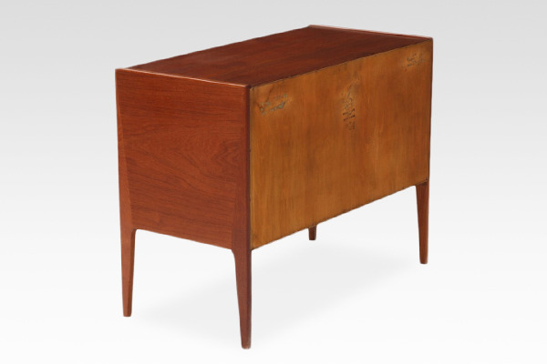 Aksel Kjaersgaard  Small chest  Teak (1).jpg