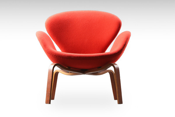 Arne-Jacobsen--Swan-easy-chair-004.jpg