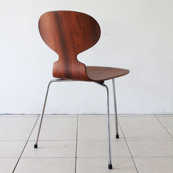 Arne-Jacobsen-Antchair-Rosewood-04.jpg
