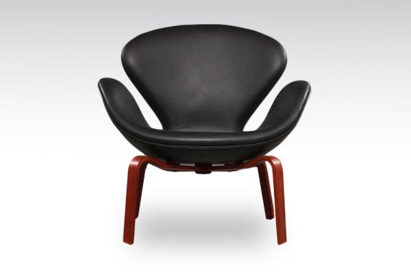 Arne-Jacobsen-Swan-easy-chair.-model-4325-Fritz-Hansen-02.jpg