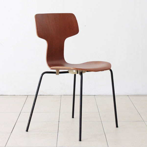 Arne-Jacobsen-T-chair-05.jpg