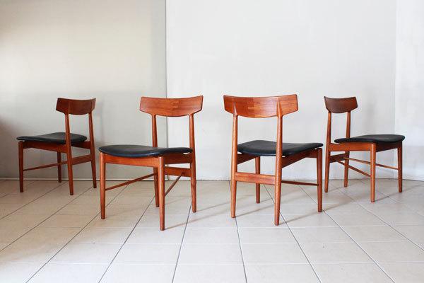Arne-Vodder-Dining-Chairs-01.jpg