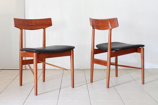 Arne-Vodder-Dining-Chairs-02.jpg