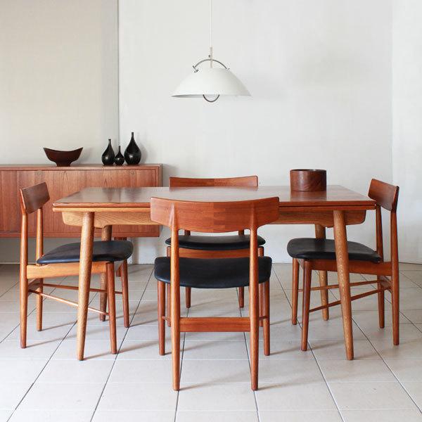 Arne-Vodder-Dining-Chairs-03.jpg