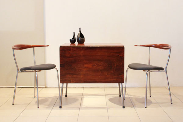 Arne-jacobsen-Rosewood-butterfly-table-01.jpg