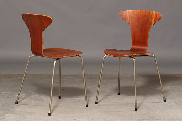 Arne Jacobsen. Four teak chairs, 'Mosquito', model 3105-02.jpg