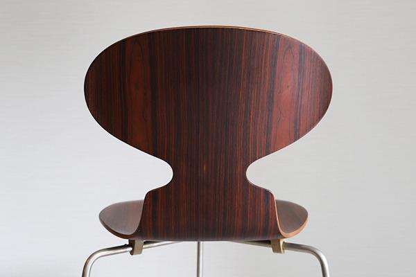 Arne Jacobsen  Ant chair  Fritz Hansen (13).jpg