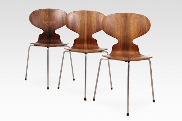 Arne Jacobsen  Ant chair  Fritz Hansen (2).jpg