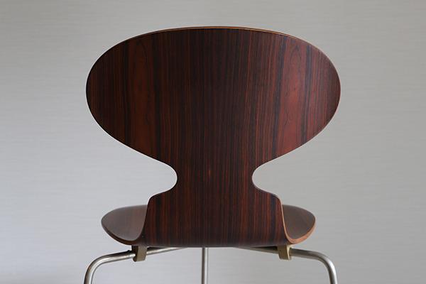 Arne Jacobsen  Ant chair  Fritz Hansen (6).jpg