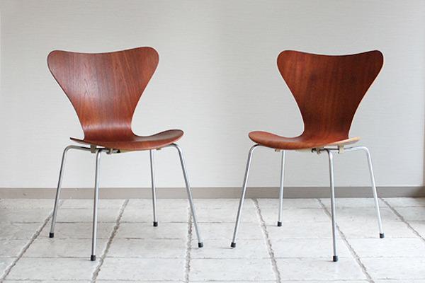 Arne Jacobsen  Seven chair. Teak  Fritz Hansen.jpg