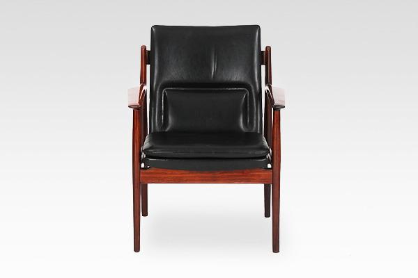 Arne Vodder  Armchair.model 431 Brazilian rosewood  Sibast (2).jpg