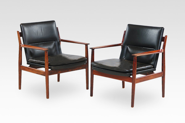 Arne Vodder  Armchair.model 431 rosewood  Sibast (7).jpg