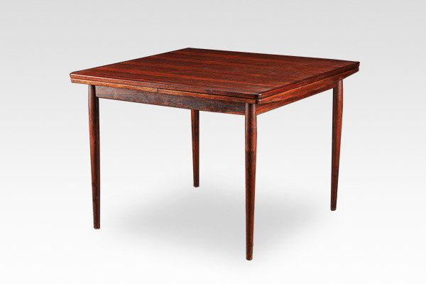 Arne Vodder  Extension dining table (1).jpg