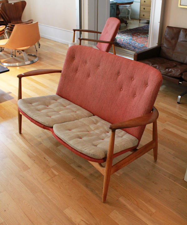 Arne Vodder  sofa and easy chair.BO 90  Bovirke-02.jpg