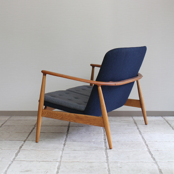 Arne Vodder  sofa and easy chair.BO 90  Bovirke  (1).jpg